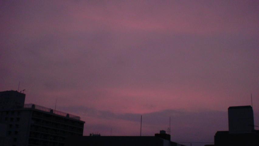 大阪も朝焼け